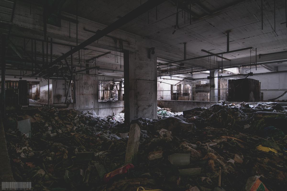 EG mit viel Müll