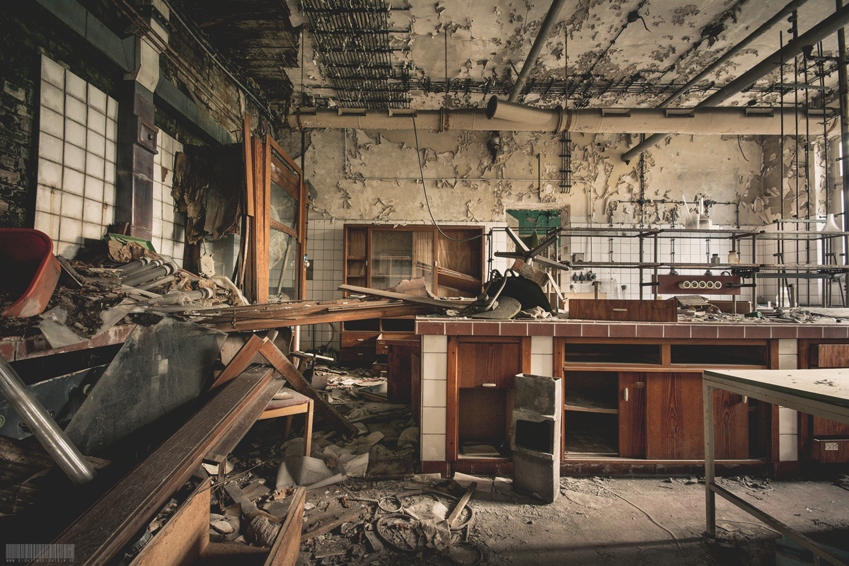 verlassenes Chemielabor