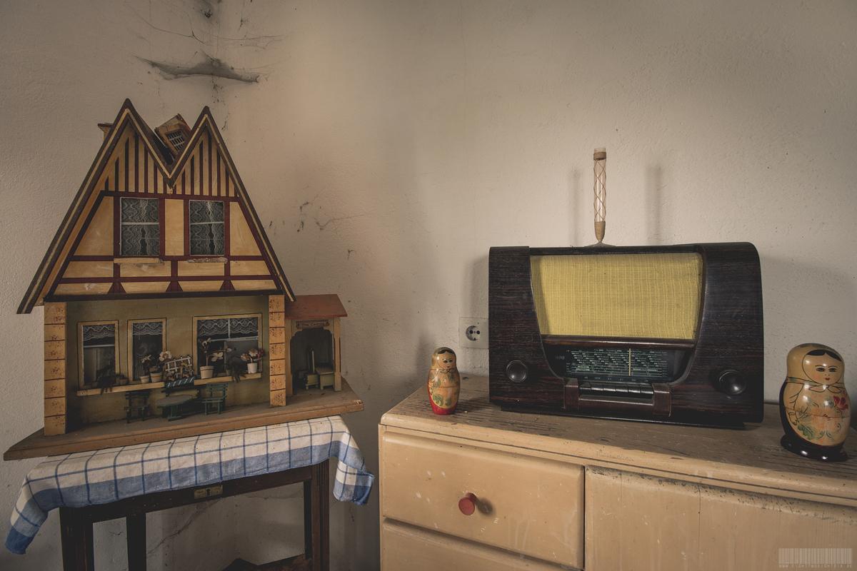 Puppenhaus und Radio