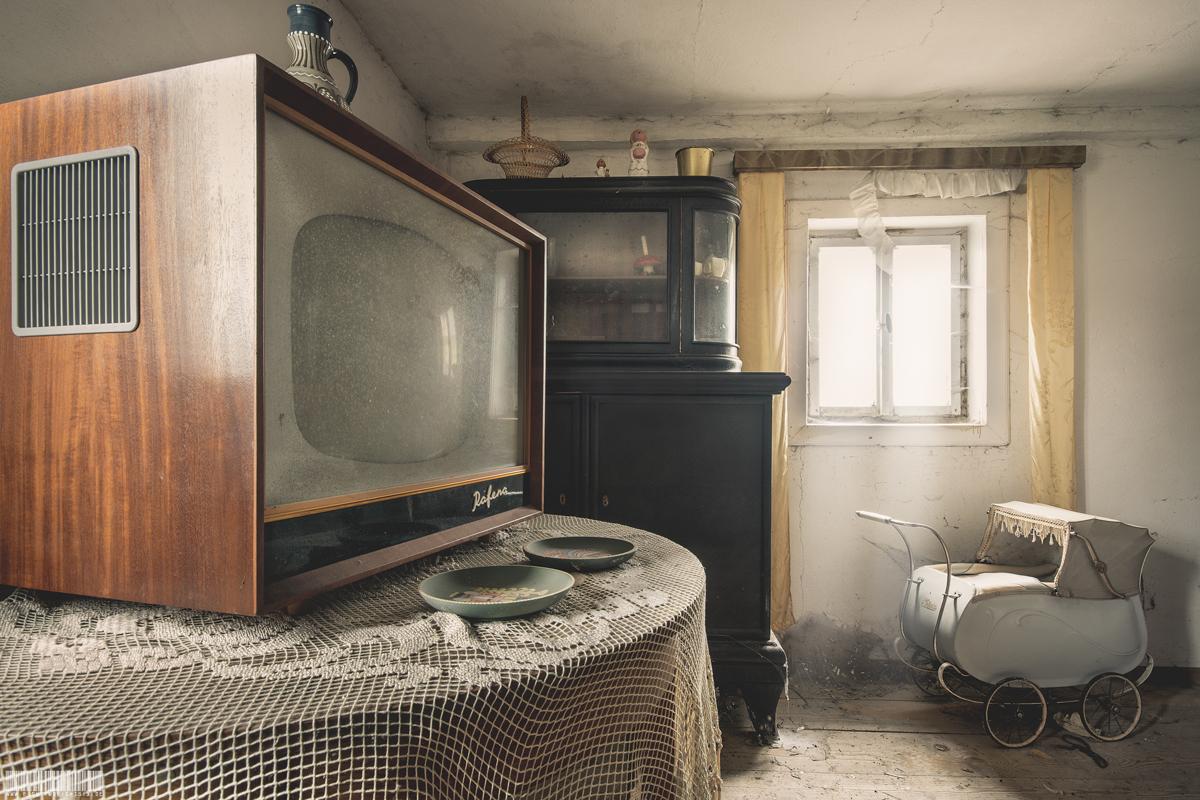 Alter Fernseher