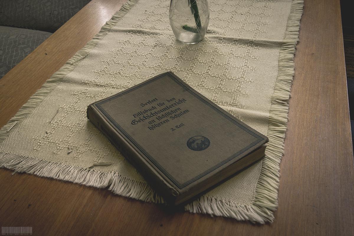altes Geschichtsbuch