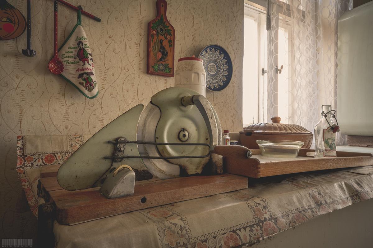 Die Brotschneidemaschine