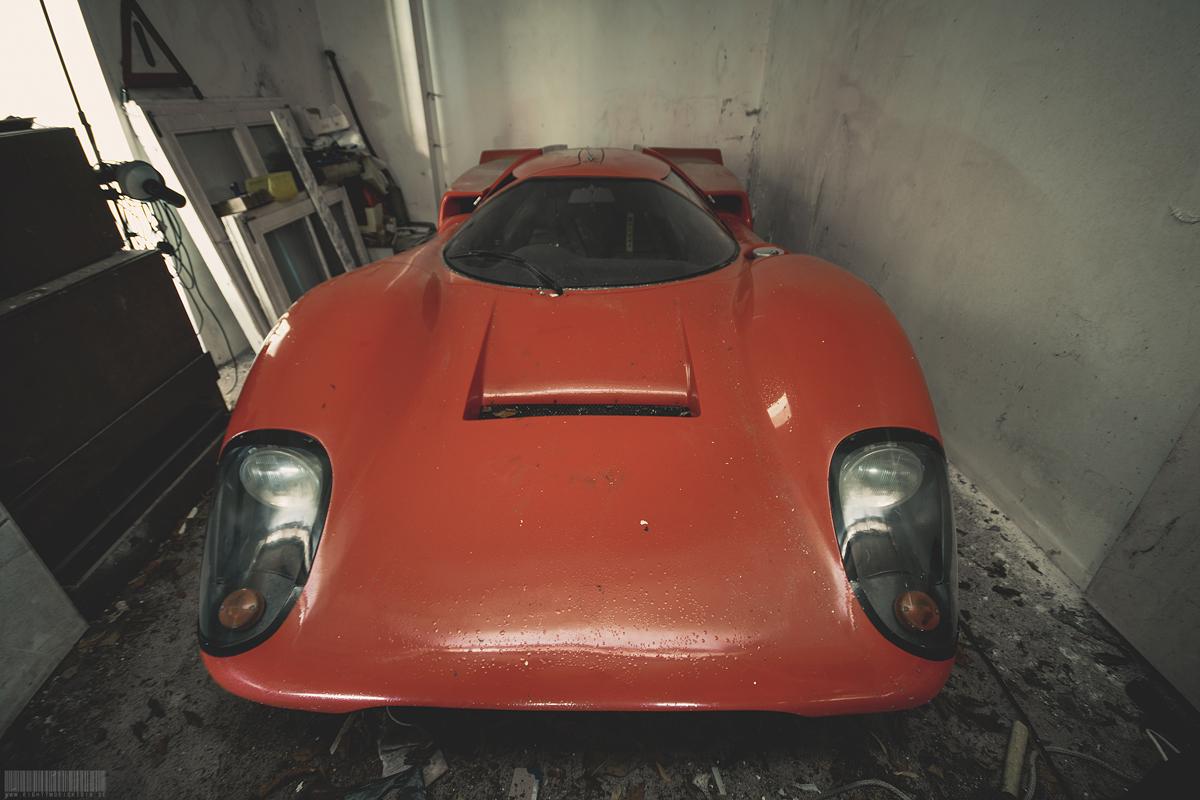Roter Lola Porsche