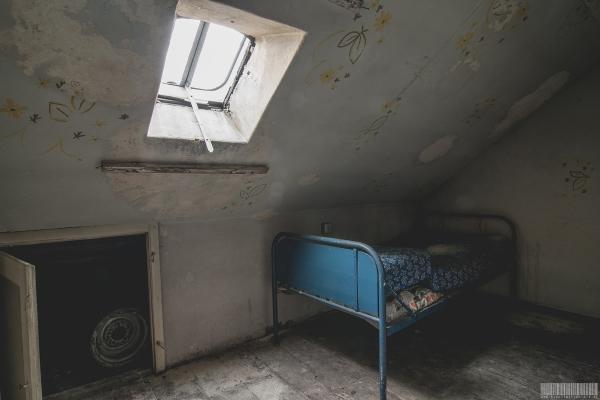 Das Bett im Flur