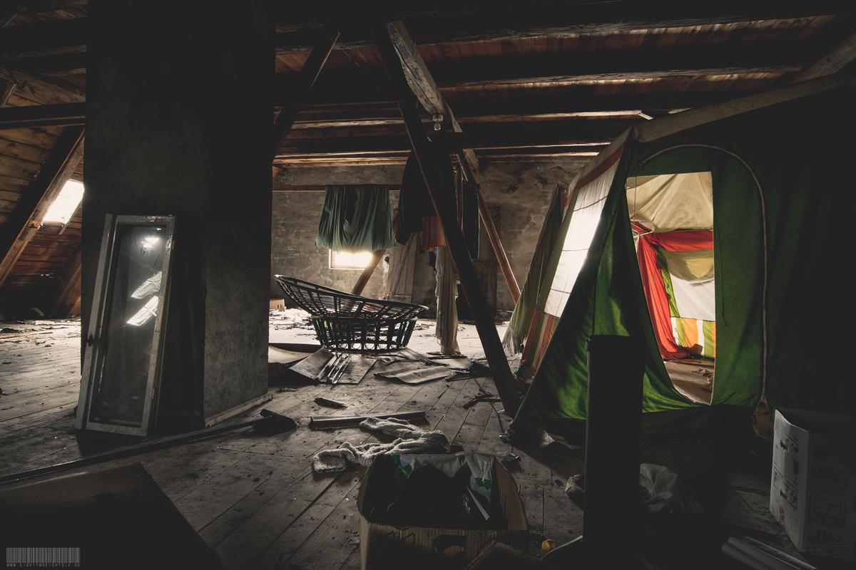 Zelt unterm Dach