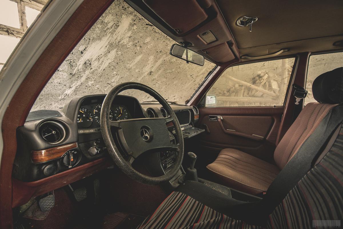 Cockpit Mercedes S-Klasse W116