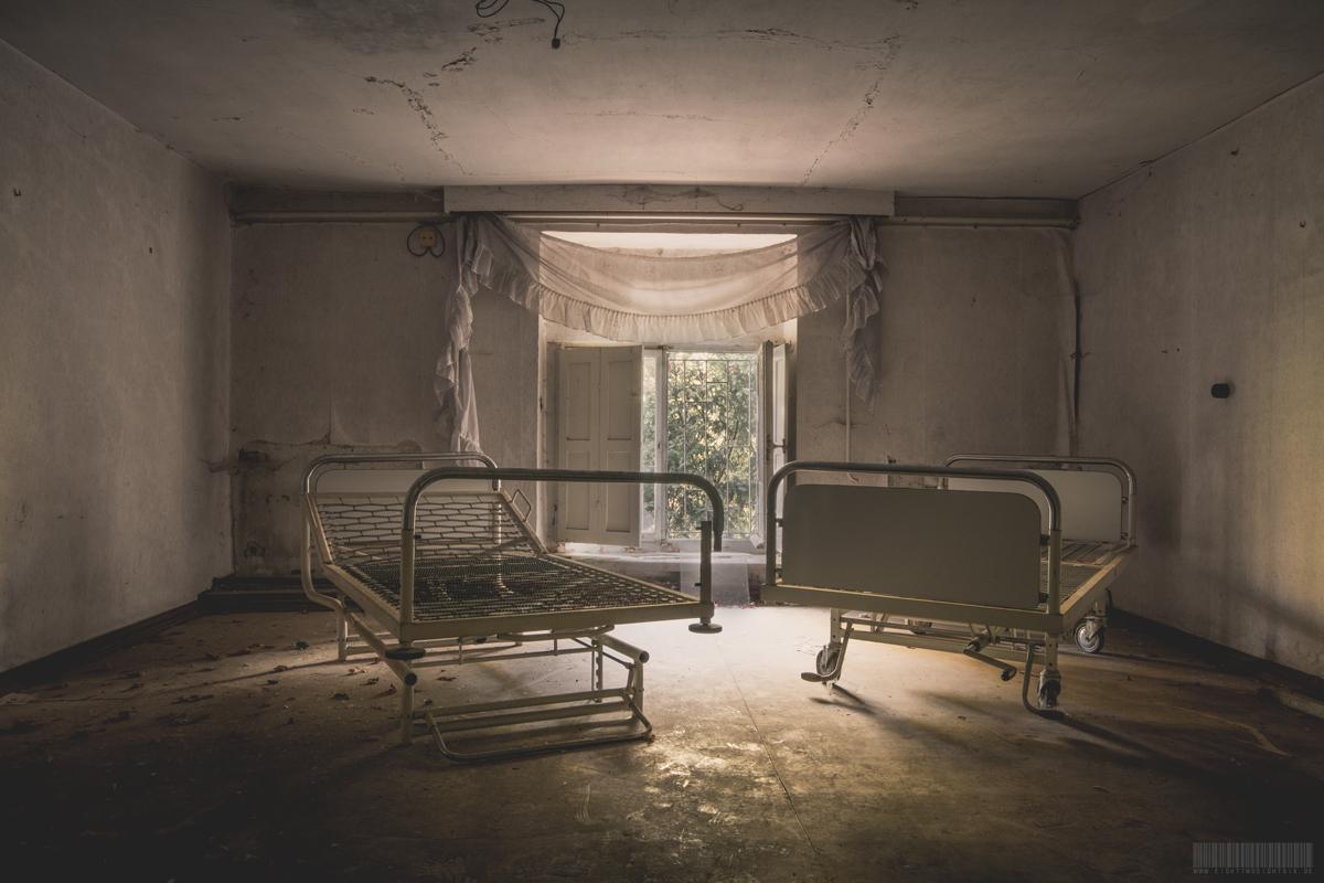 Krankenbetten