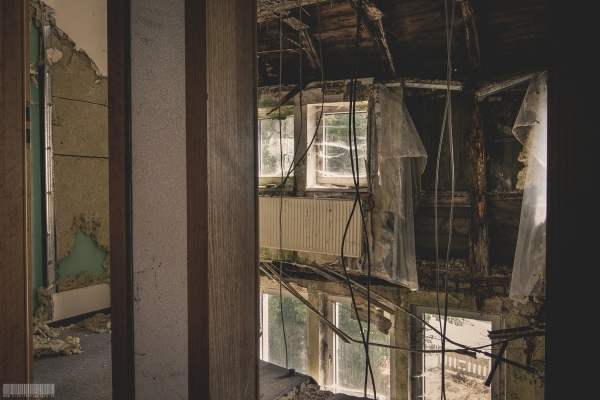 eingestürztes Gästezimmer