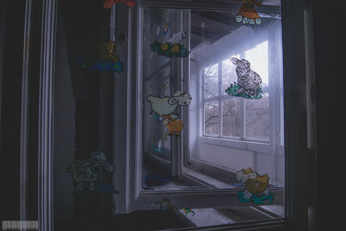 Fenster im Kindertrakt