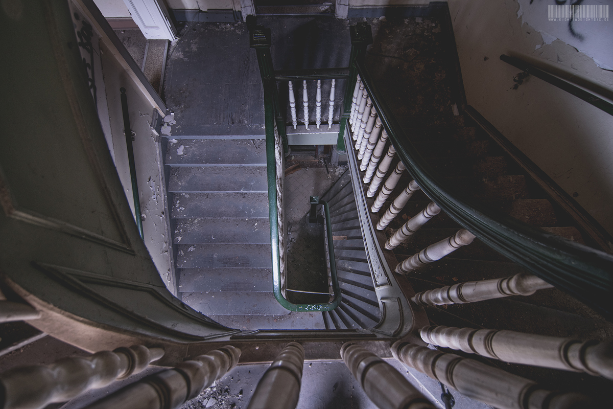 Treppe Kirche