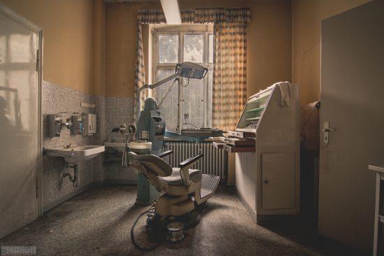 Verlassene Zahnarztpraxis NRW - Lost Place - Verlassene Orte Nordrhein-Westfalen