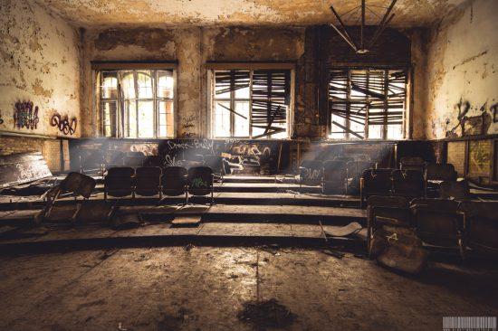 Vorlesungssaal - Beelitz Heilstaetten - Lost Place Brandenburg