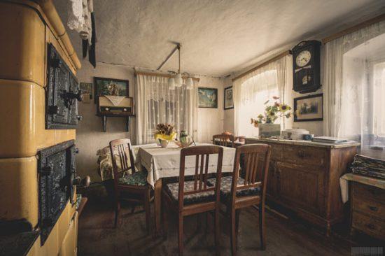 Haus der Puppen - verlassenes Bauernhaus in Sachsen - Tante Marthel - Lost Places