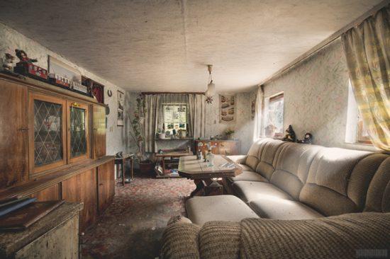 Verlassenes Wohnhaus im Erzgebirge - Lost Places Sachsen - Wohnzimmer - Das Haus des Modelleisenbahners